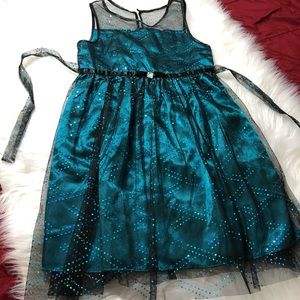 Emily West Girls Green & Black Lacy Dress Size 10